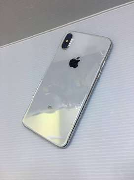 i Phone x 64gb with all accessories available