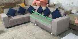 Brand New corner sofa 6 sitters with pillows