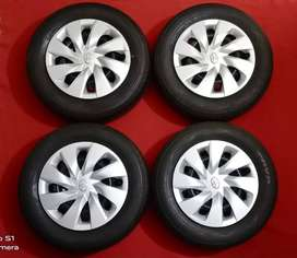 Toyota Vitz Tyres with rims and wheel cups