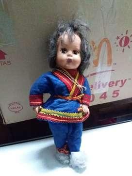 Boneka jadul antik