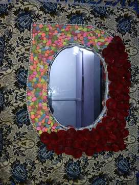 Beautiful mirror making handmade is available here only in 800 rupees