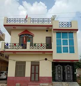 House for sale at Gulabi Bagh