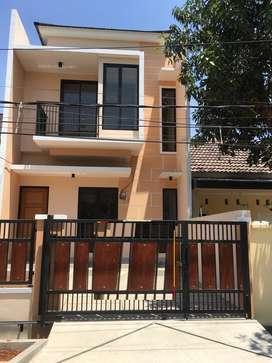 Dijual Rumah di Villa mas indah (A2242)