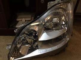 Toyota crown 2005 model headlight left side 1 piece original Japan