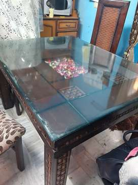 4 seater glass dinning table