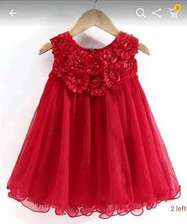 All models  dress work stitching