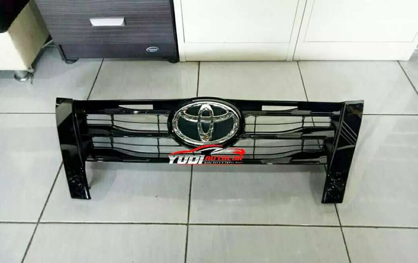 Grill Fortuner TRD 0