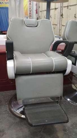 Kursi pangkas rambut hidrolik