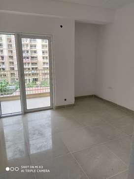 2bhk+ study unfunished flat available for rent in Ajnara homes.