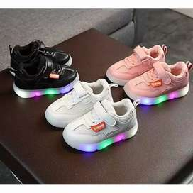 Sepatu LED Anak Kode 001
