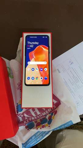 Oneplus 9R Just 2 days old