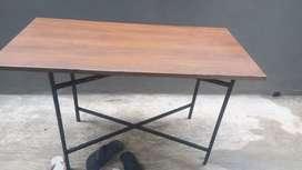 Meja lipat ukuran 200x20