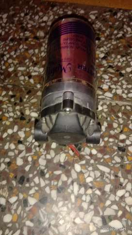 Pump booster