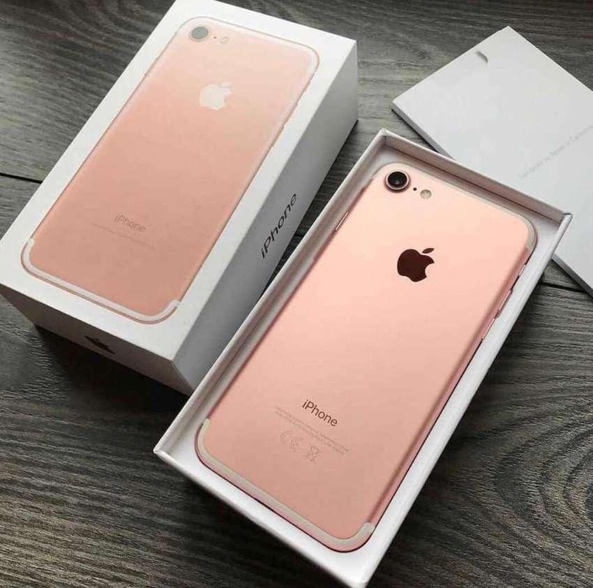 iphone 7 32gb like new 0