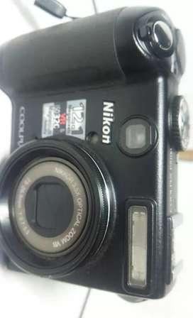 Jual kamera Nikon P5000