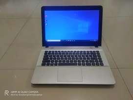Laptop Asus X441UV/Core i3/Gen 6/Ram 4GB/HDD 500GB/VGA 920Mx 2GB