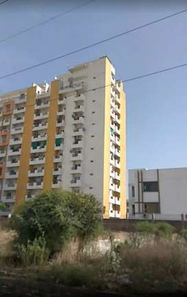 Very good condition new flat