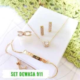 Set Perhiasan wanita