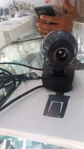 logitech webcam 480p for streaming and recording videos