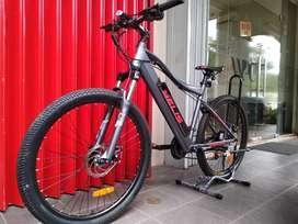 Sepeda MTB listrik Selis
