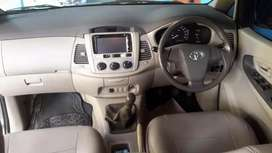 Toyota innova type E+