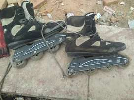 2000 k hai price set ni ho rhe K2.shoes skates OK hai