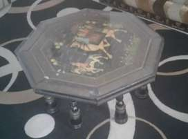 2 chair with Center table for sell