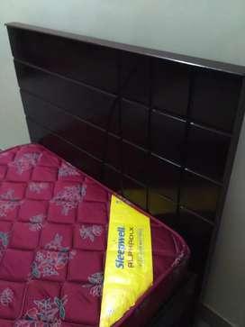 Single Bed 3x6.5 with sleepwell mattress