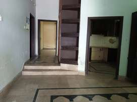 10 marla portion for rent in wapda town gujranwala