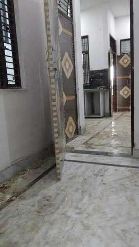 A house of 100 gaj fully marble based 3 room 2 bath room