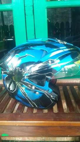 Helm NHK dijual Atau TT dengan NHK Merah