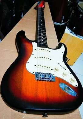 Gitar strato alakadarnya