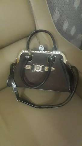 Only once used fancy hand bag