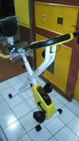 Promo..dua fungsi bisa lipat sepeda fitness 920