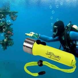 Senter Tangan Selam cree 3W LED  Waterproof / Light Diving Flashlight