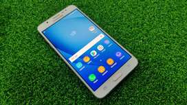 Samsung on8  3gb ram 16gb rom mobile for sell in good condition