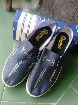 Sepatu Fashion Dr.Kevin