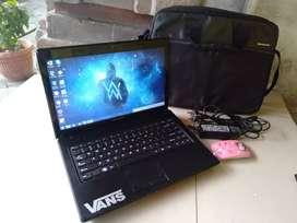 Dijual laptop Lenovo g475 amd e-300 ( setara core i3 )