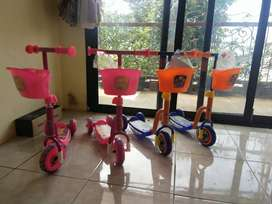 Scooter Musik Mainan Anak PMB