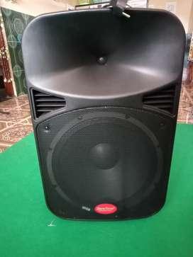 Dijual Speaker Aktif Baretone Max15MHWR.Nota pembelian masih ada