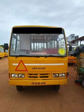 school bus mahindra 2008 model 25 seats