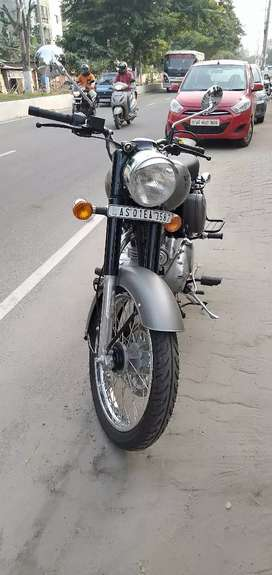 Royal enfield classic 350 dual channel ABS