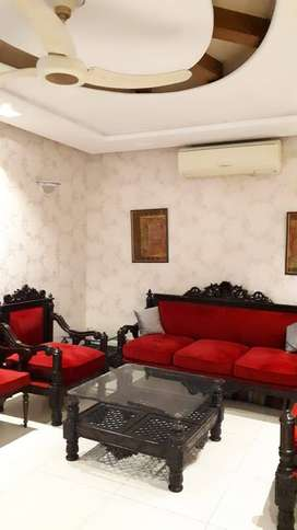 5 BEDROOMS MODERN SEMI FURNISHED 10 MARLA HOUSE FOR RENT IN SECTOR DD