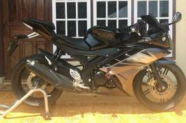 For sele yzf R15