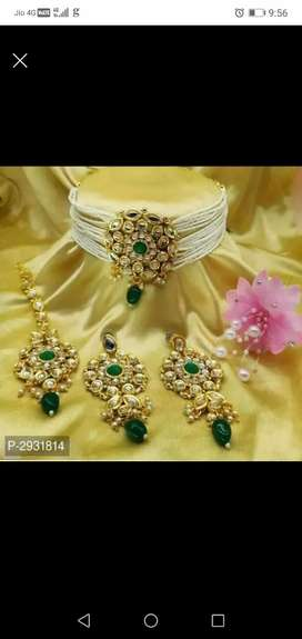 Beautiful kundan necklace set