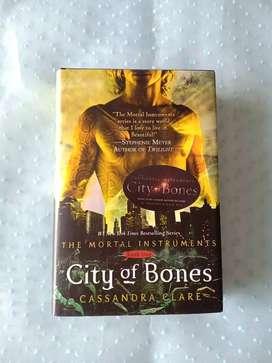 Buku The Mortal Instruments City of Bones - Cassandra Clare