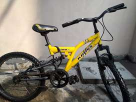 Like BMX but it is of kross company only of 6 months