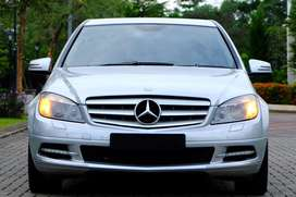 Mercedes Benz C300 Avantgarde 2010 V6 231 HP Harman Kardon! C250 c200