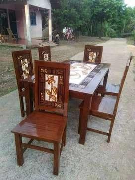 Meja makan kursi kombinasi