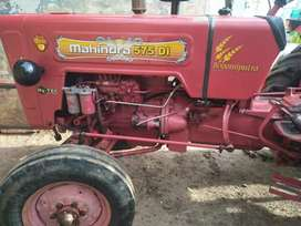 Mahindra 575 very good condition light useade